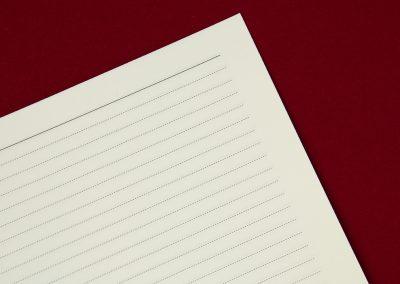 Papír v odstínu Ivory